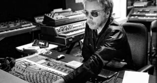 Jean-Michel Jarre in studio